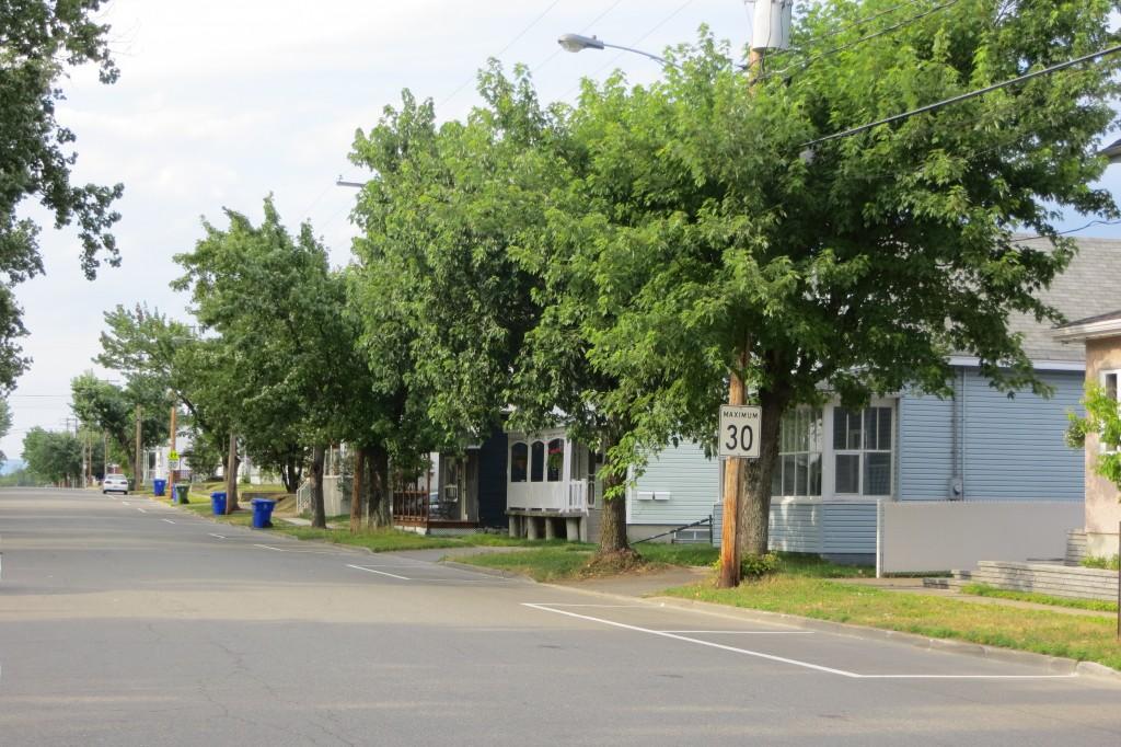 rue résidentielle à La Tuque - Québec