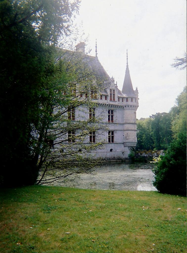 chateau d'Azay-le-Rideau