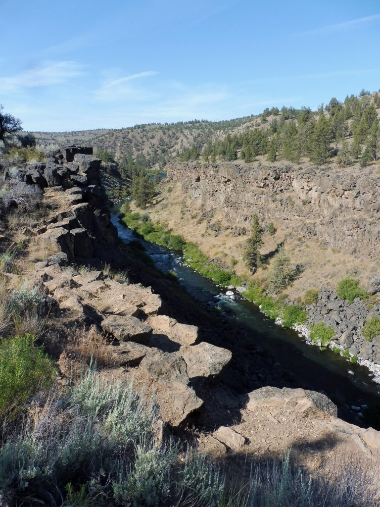 canyon de la deschutes river