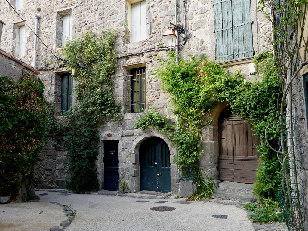 maison dans les ruelles d'Agde
