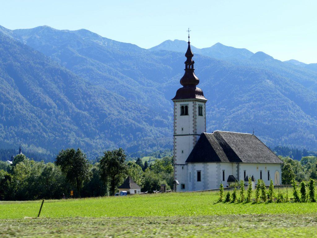 église entre Bohinj et Bled
