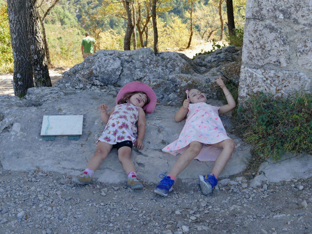 enfants au roc de Castellane
