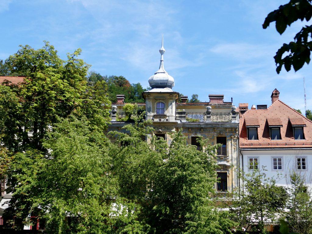 maison le long de la Ljubljanica