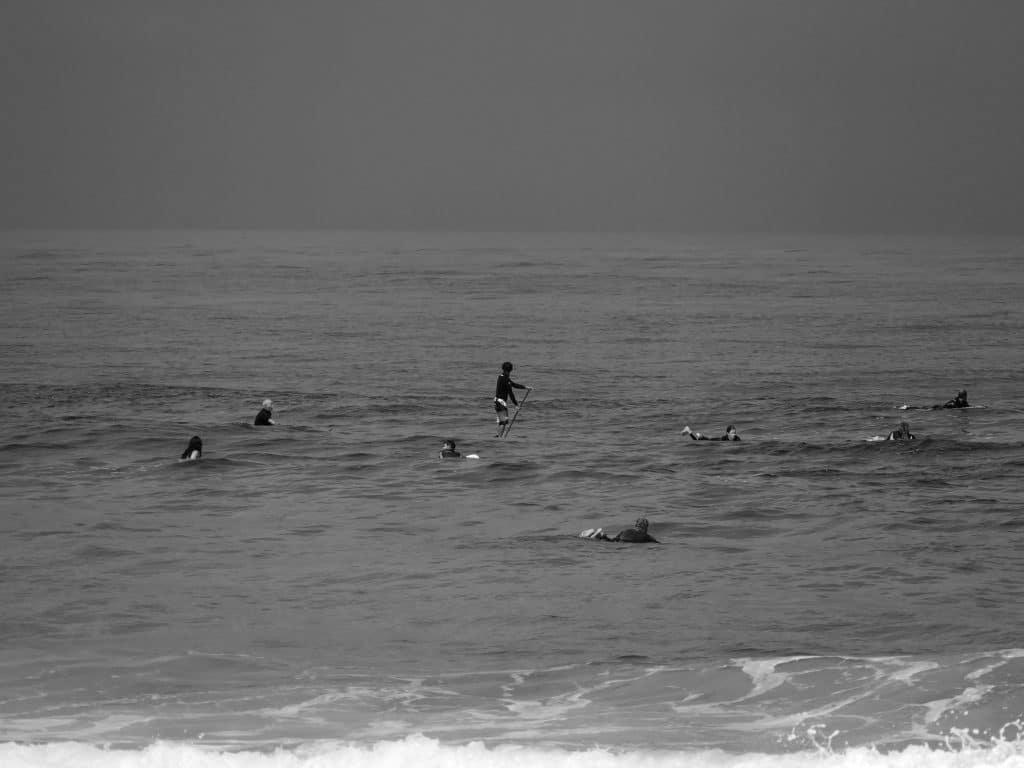 surfeurs sur la plage de vieux boucau