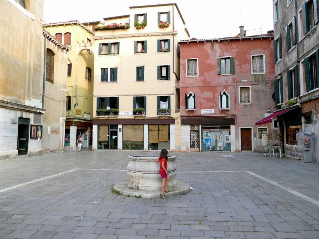 place dans San Polo - Venise