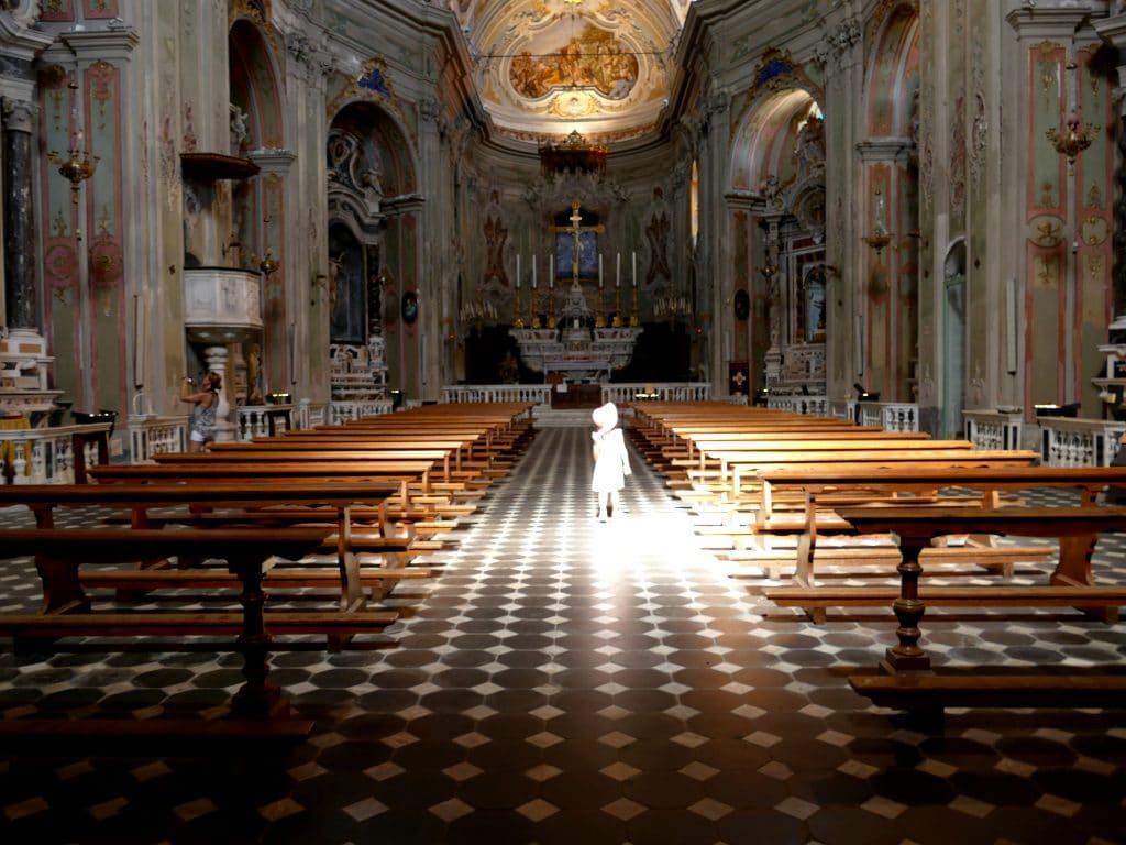 intérieur de l'église de Cervo - Liguria