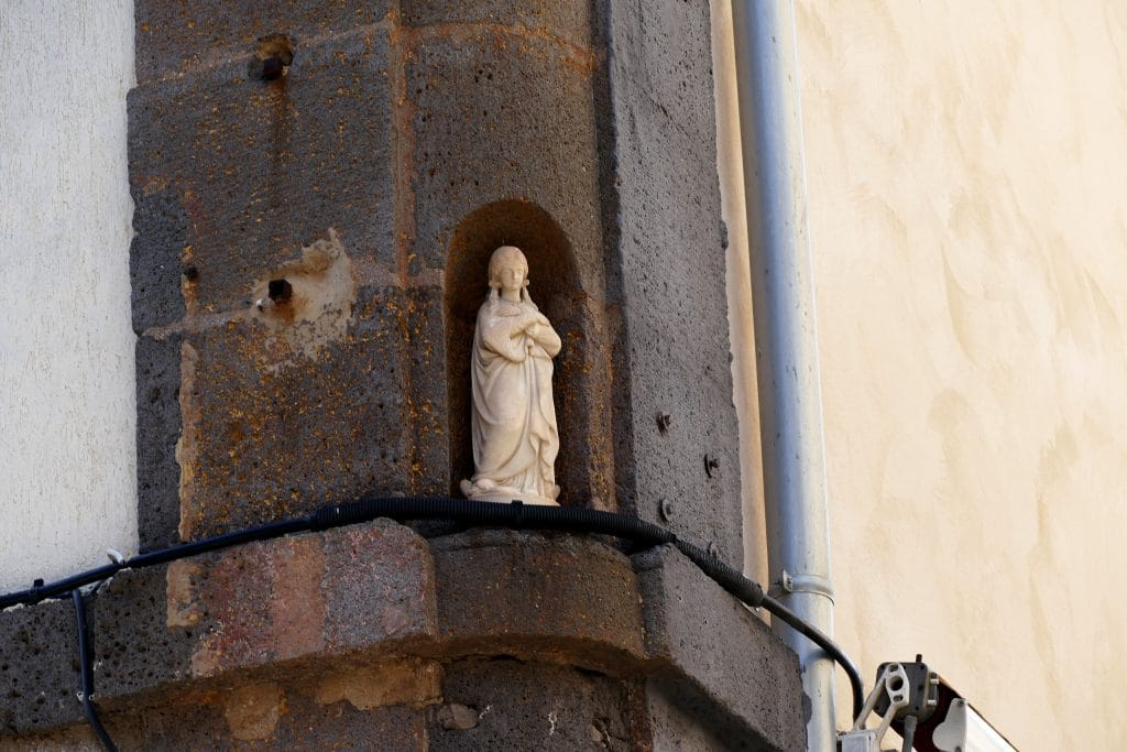 statuette d'une Vierge / Agde