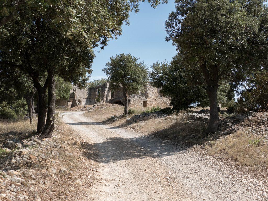 hameau de Montcalmès - Hérault