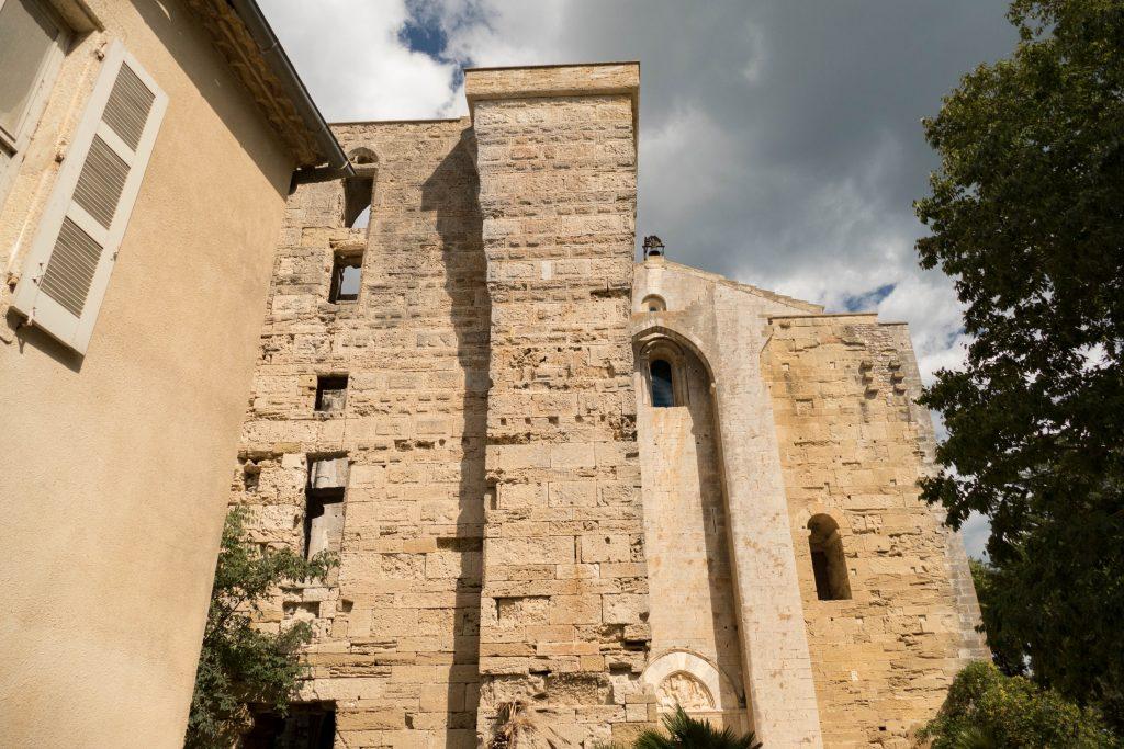 catédrâle de Maguelone dans l'Hérault par Fish & Child(ren)