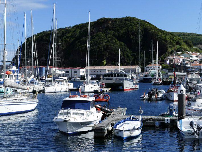 Visiter Horta sur l'île de Faial aux Açores