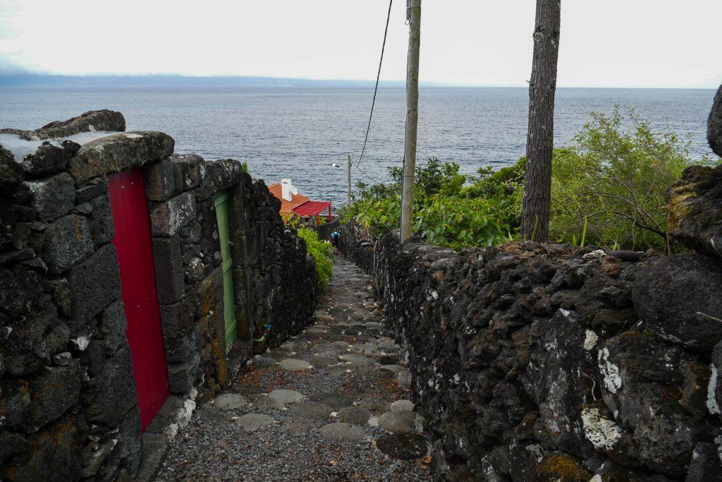 sentier de Bahia das Canas sur Pico - Açores