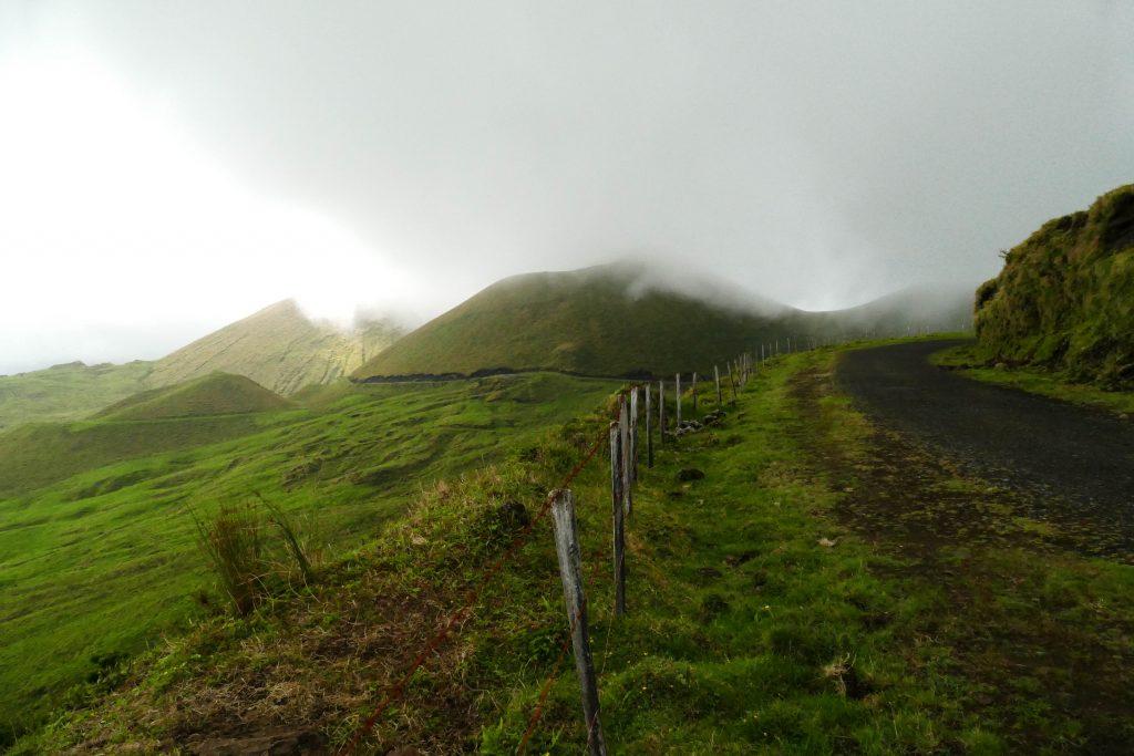 sur les hauteurs dePico aux Açores