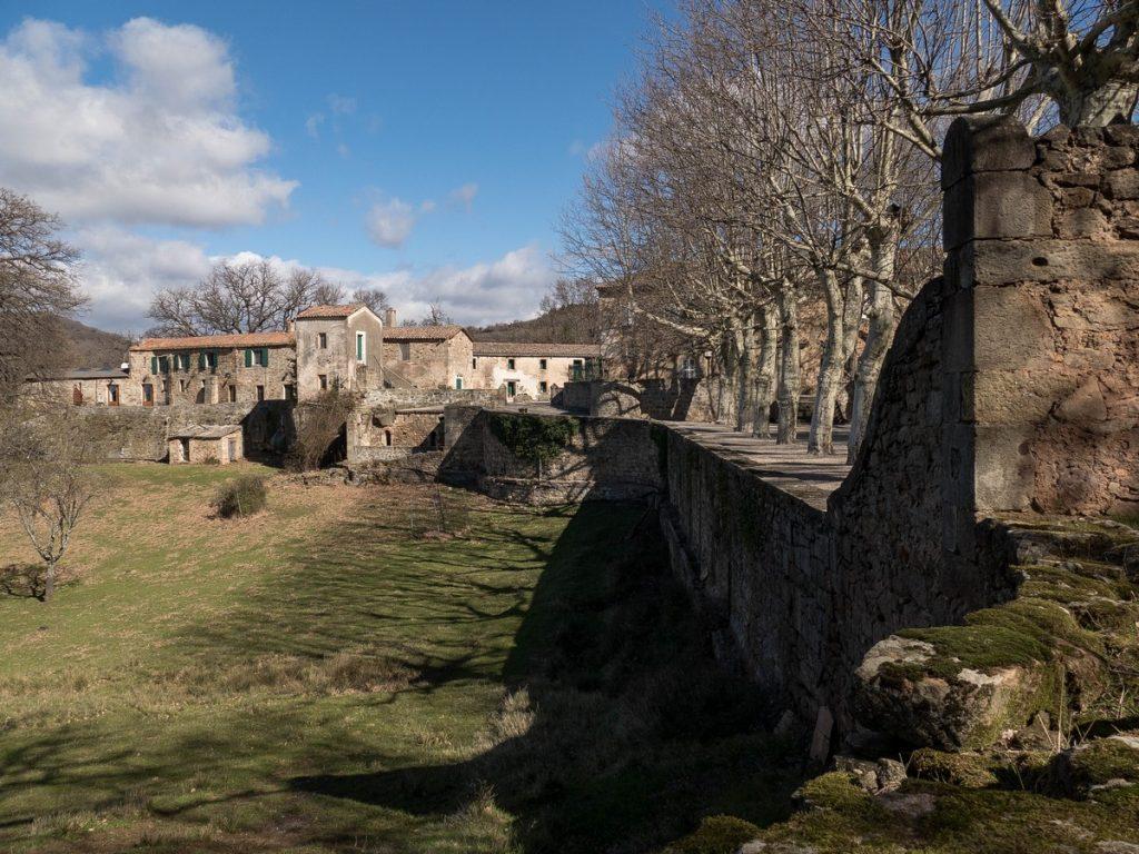 parc du prieuré de grandmont dans l'Hérault