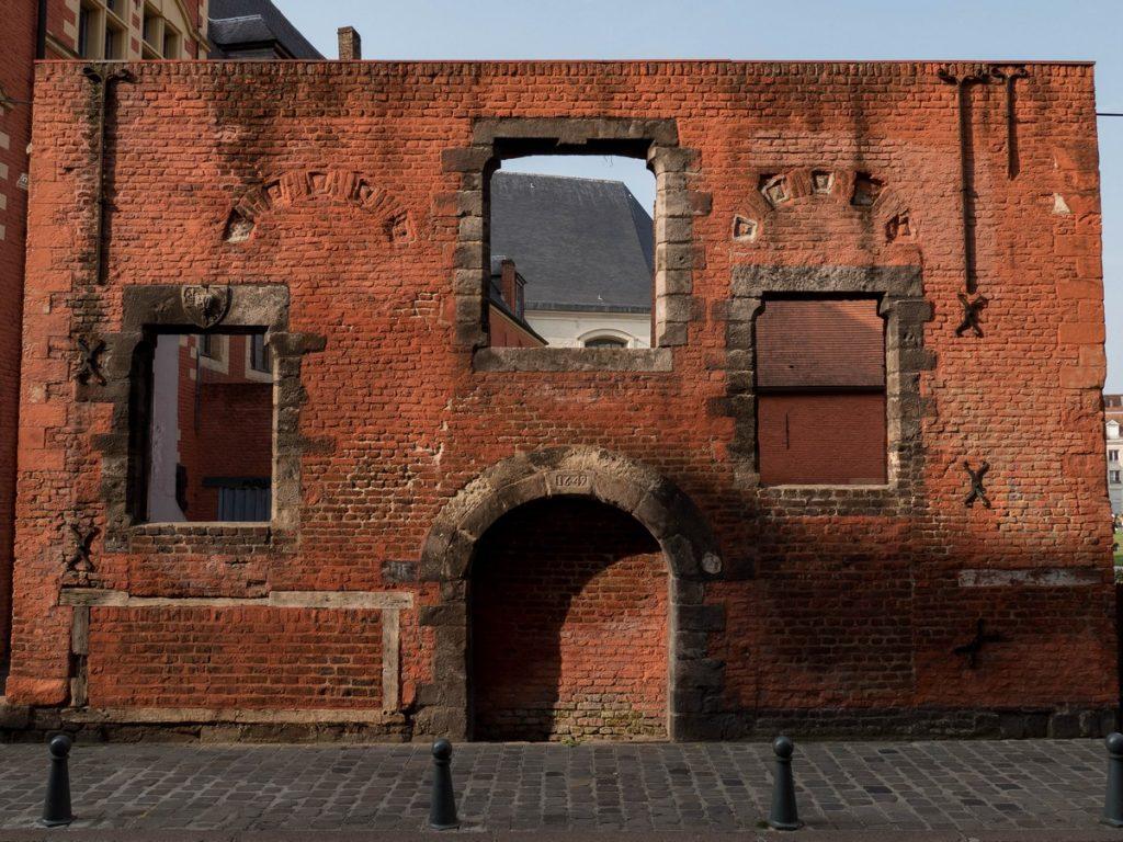 Ancien mur de l'Hospice Comtesse - Lille