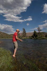 pêcheur au bord de la Green river - Flaming Gorge