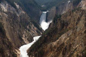 les chutes de la Yellowstone river