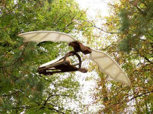 maquette de delta plane dans le parc du clos lucé