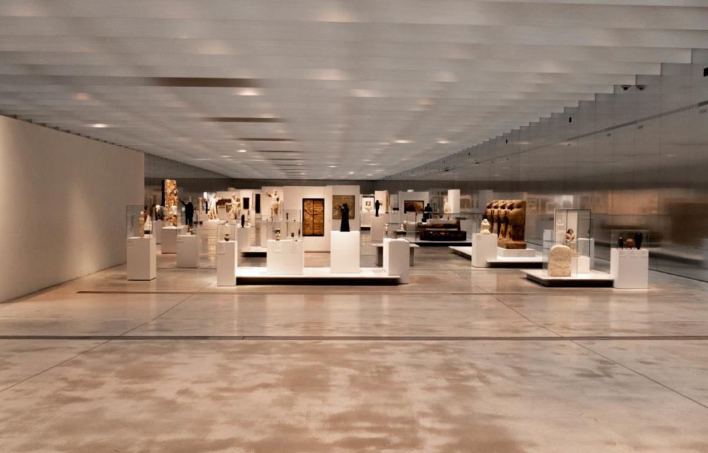 galerie du temps au Louvre-lens